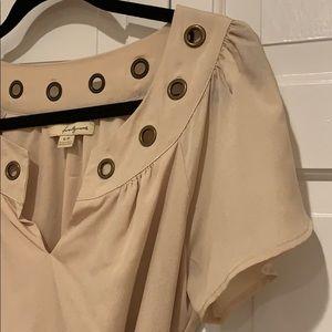Forever 21 Dresses - Beige flutter sleeve v-neck mini shift dress